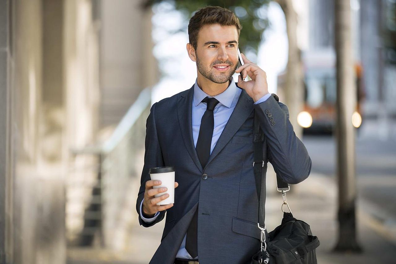 фотография делового мужчины академическая мобильность