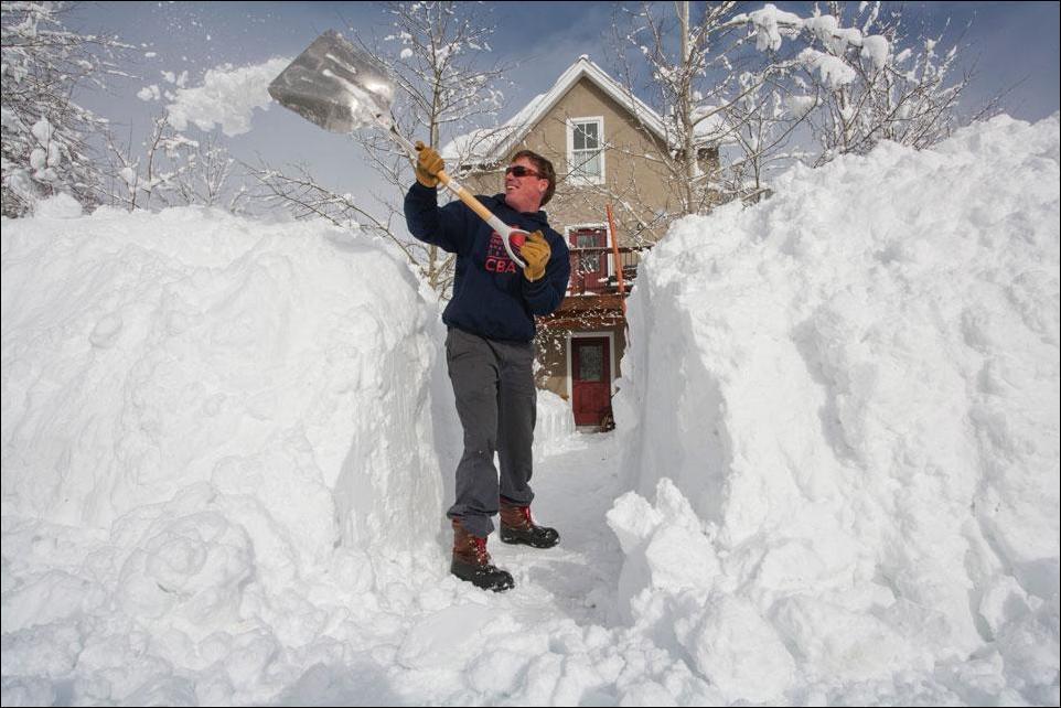 Поздравления много снега