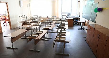 На карантине еще одна школа и 71 класс